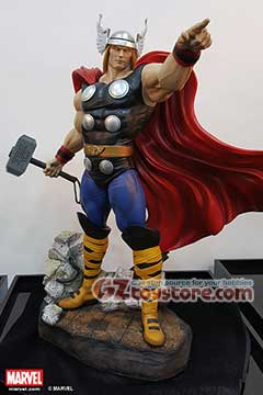 XM Studios - Thor (Comic Version) Premium Collectibles Statue with COIN