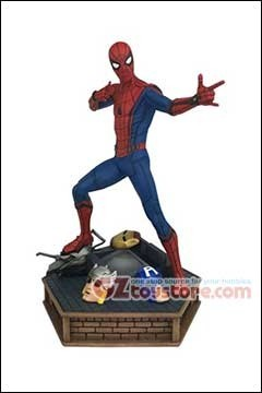 Diamond Select Toys - Marvel Homecoming Spider-Man 12inch Premier Collection Statue
