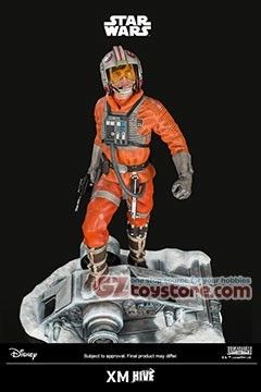 XM Studios - Luke Skywalker in Rebel Pilot Suit Premium Collectibles Statue