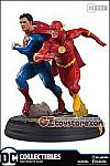 DC Collectibles - DC Gallery - Superman vs The Flash Racing Statue (2nd Run)