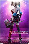 Sideshow Collectibles - Harley Quinn (Hell on Wheels) Premium Format Figure (3007141)