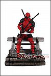 Diamond Select Toys - Marvel Premier Collection Deadpool Statue