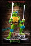 Ikon Collectibles - TMNT Leonardo on Defeated Mouser Statue