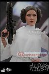 Hot Toys - Star Wars Episode IV A New Hope: Princess Leia 1/6 Scale Figure