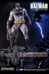 Prime 1 Studio - The Dark Knight Returns: Batman 1/3 Scale Statue