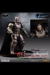 Mezco - Batman V Superman - Armored Batman One:12 Collective Action Figure SDCC 2016 Exclusive