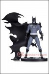 DC Collectibles - Batman Black & White - Batman by Norm Breyfogle Statue